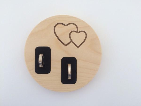 edles ringkissen nussbaum streifholz. Black Bedroom Furniture Sets. Home Design Ideas