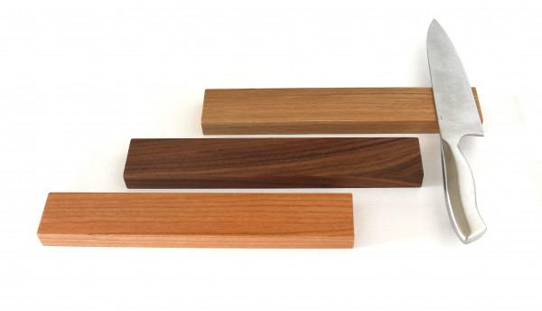 Magnetische Messerleiste aus Holz, in Eiche, Nussbaum & Kirschbaum VOLLHOLZ