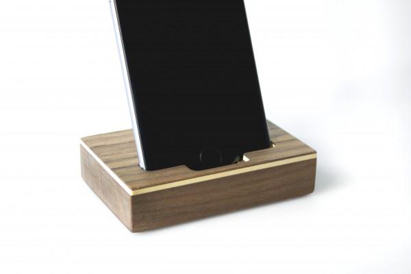 iPhone Halter aus Holz