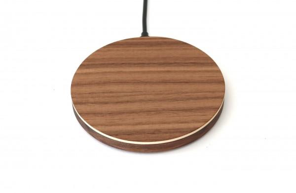 Qi Ladegerät aus Holz