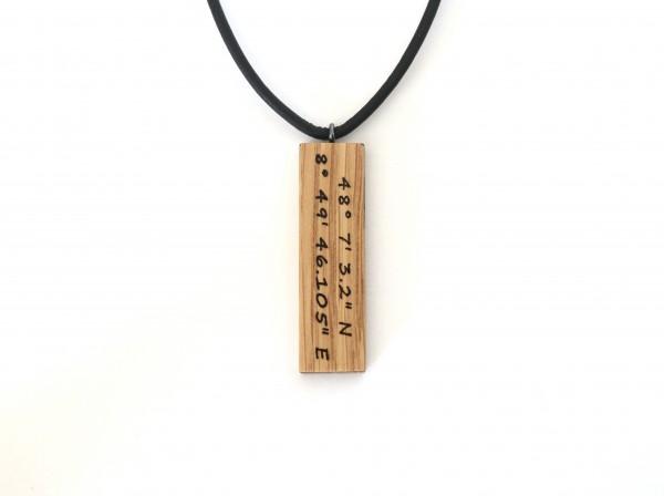 Anhänger mit Koordinaten aus Holz, rechteck