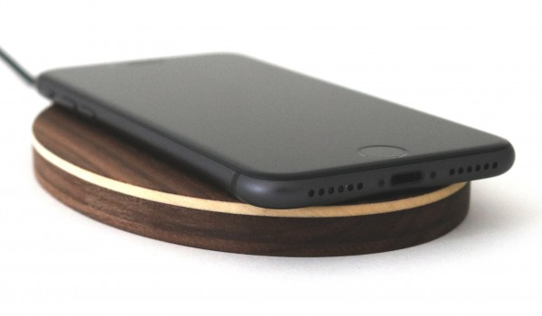 Fast Wireless Charger aus Holz
