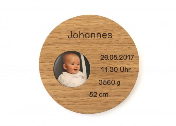 Taufteller aus Holz mit Gravur und Foto als persönliches Geschnek zur Geburt