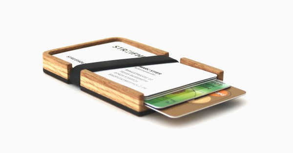 Kreditkartenetui aus Holz mit Gummiband als Geldklammer, Eiche