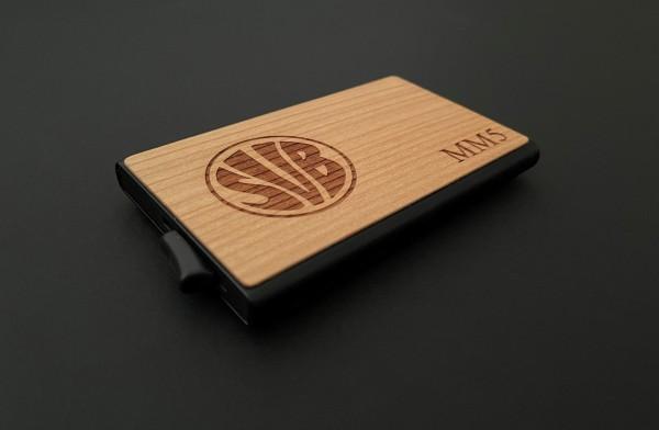 Kreditkartenetui mit Vereinswappen, Logo & Initialien personalisiert
