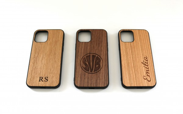 iPhone Hülle aus Holz mit Gravur