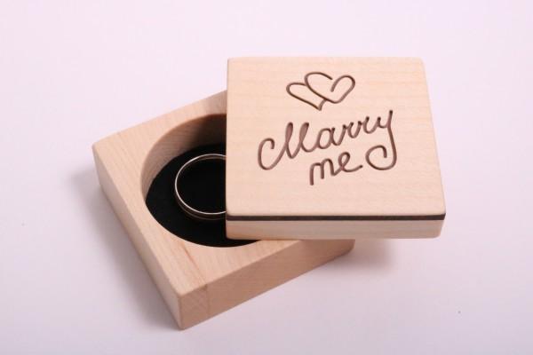 Ring Box für Verlobung aus Holz