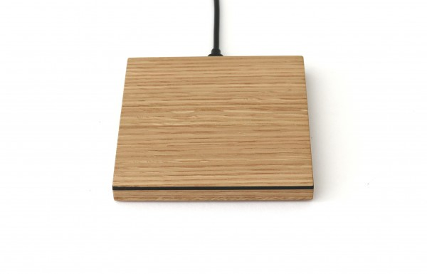 Ladestation kabellos aus Holz