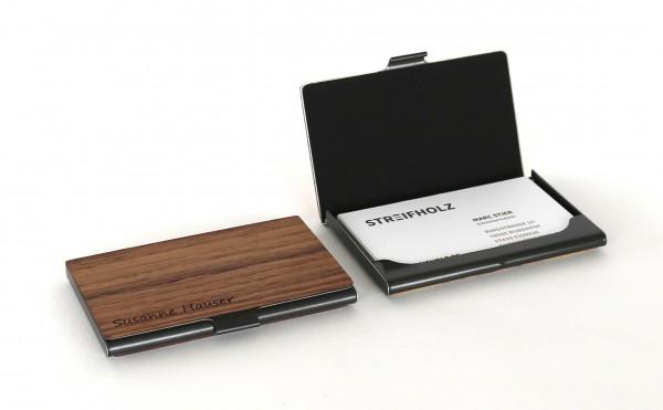 Visitenkartenetui aus Holz personalisiert mit Gravur