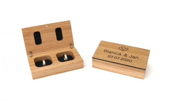 Ringkästchen aus Holz mit Namen und Datum personalisiert